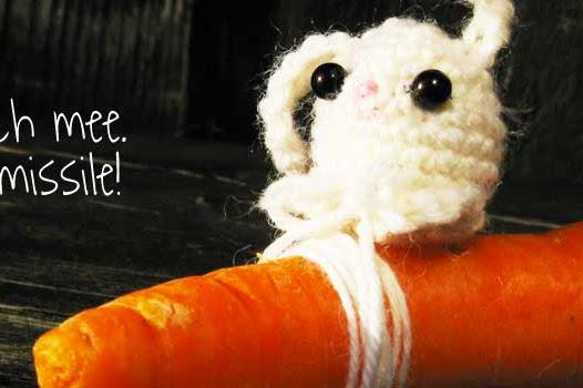 Amigurumi bunny. Free crochet pattern. An easy crochet project for beginners.