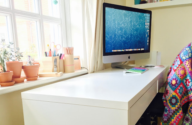 IKEA Micke desk and Mac Pro on Crafts from the Cwtch blog