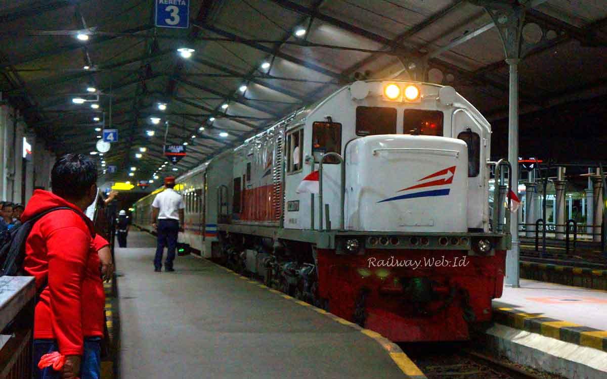 Image Result For Tiket Kereta Api Dari Semarang Ke Jogja
