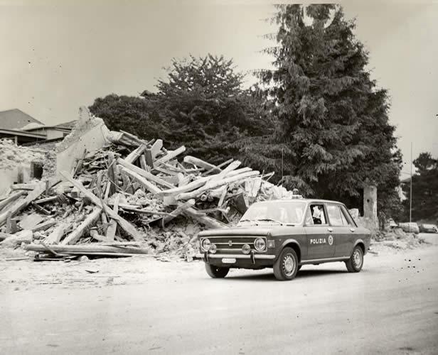 Friuli: danni da terremoto, copertura dello stato, assicurazioni volontarie o obbligatorie?