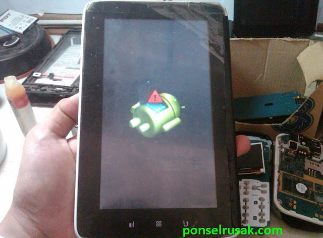 How to enter recovery mode on a tablet Maxtron T1