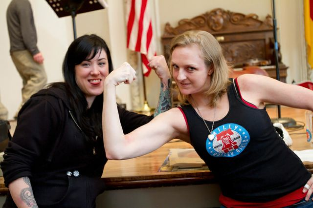 Sexy Girls Arm Wrestling