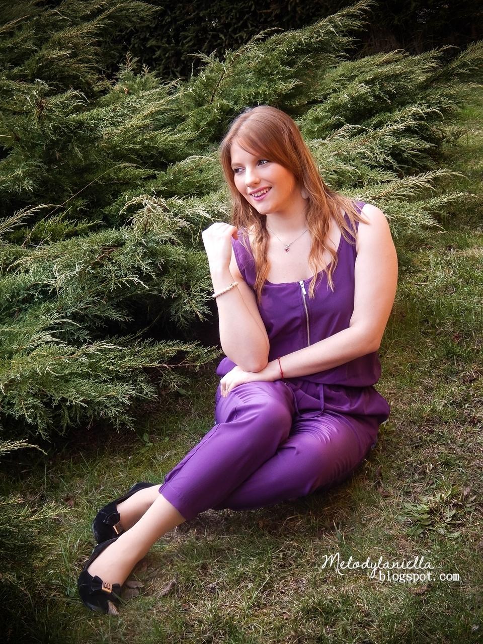 fioletowy kombinezon bez rękawów spodnie balladynki pumpki bonprix moda fashion girls style