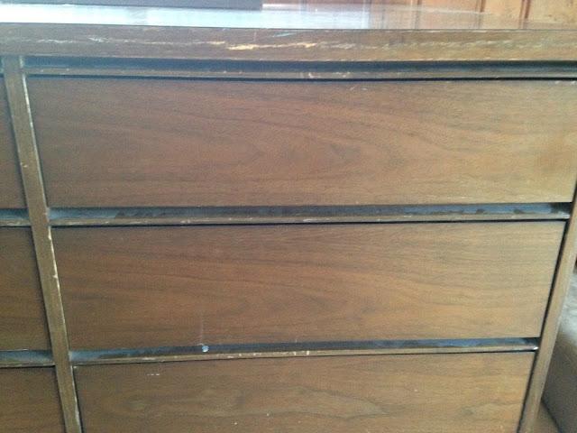 Vintage MCM mid-century dresser. Midcentury furniture