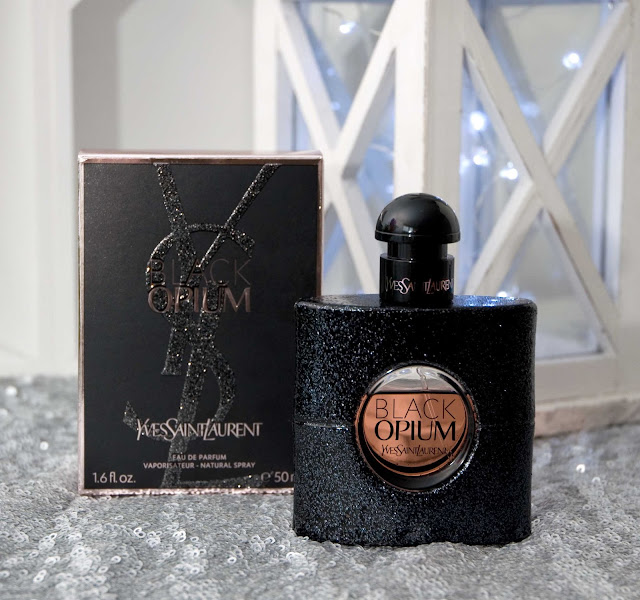 Yves Saint Laurent Black Opium kartonik i flakon