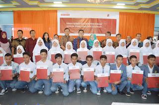 175 Orang Generasi Muda Cianjur Dapatkan Beasiswa