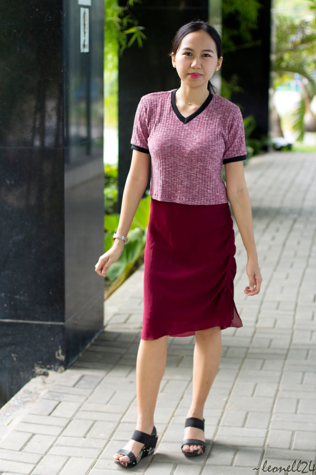 styling a pencil skirt
