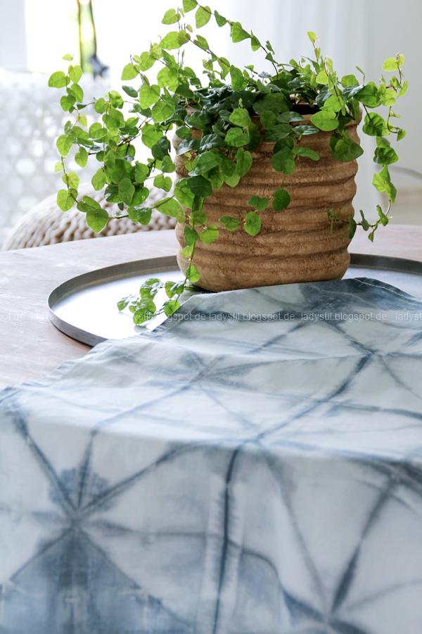DIY Shibori Falt-Tutorial, Kissen und Geschirrtücher batiken, Shibori Teatowel