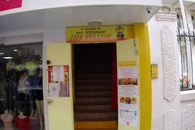 Entrée du restaurant The Yellow à Fort de France, Martinique.
