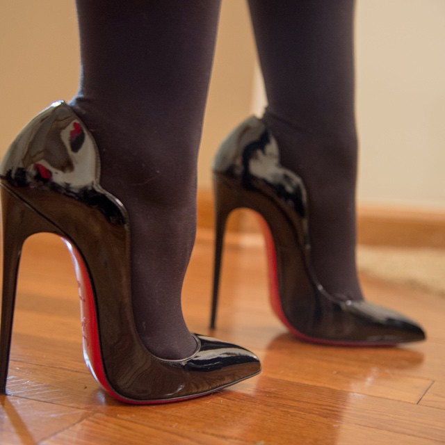 christian louboutin hot chick high heels