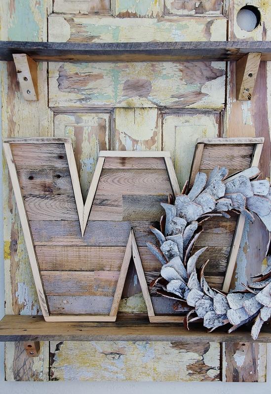 DIY wood pallet letters