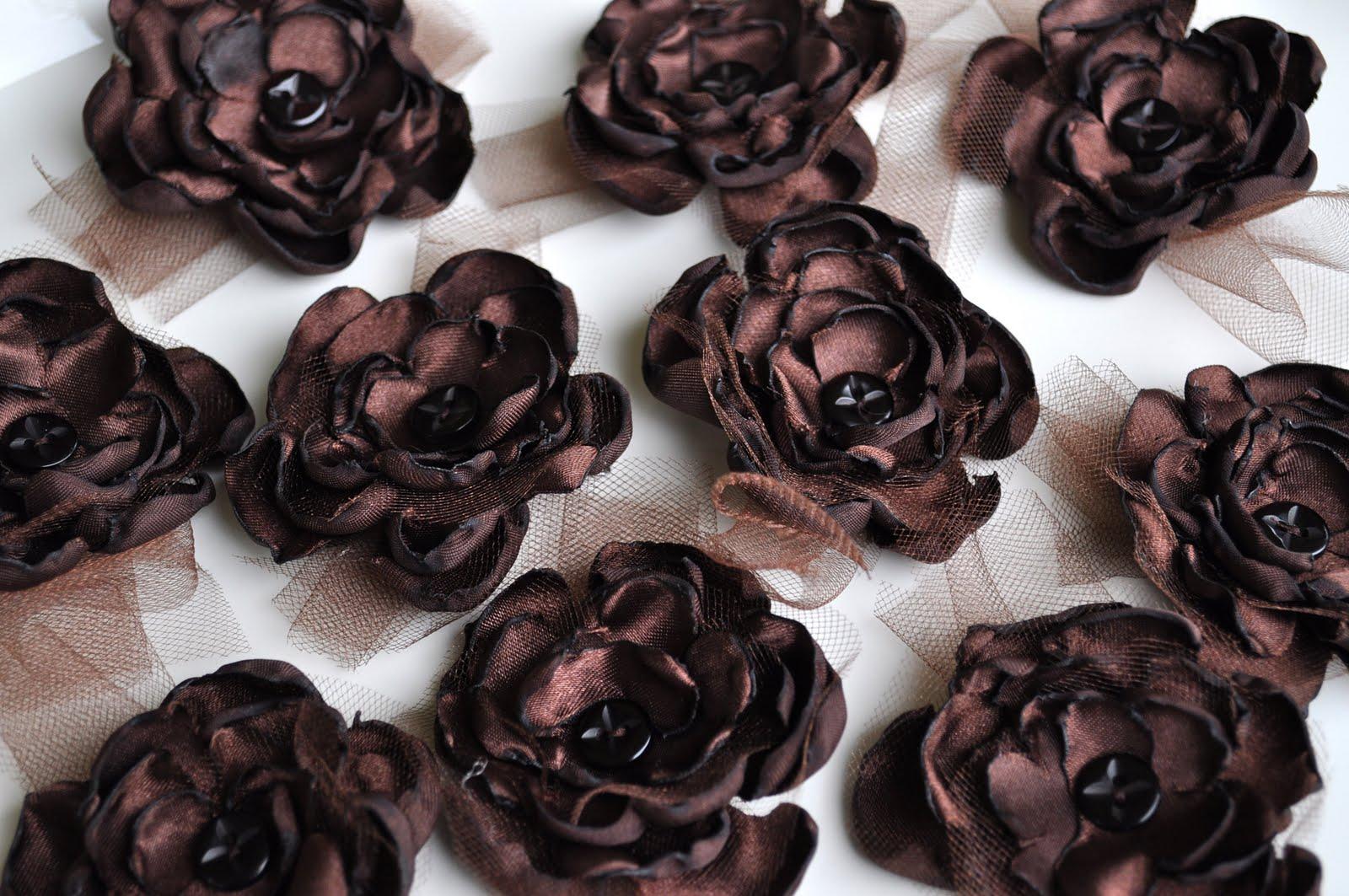 49 fabulous fabric flower tutorials   Fabric Hair Flowers Tutorial