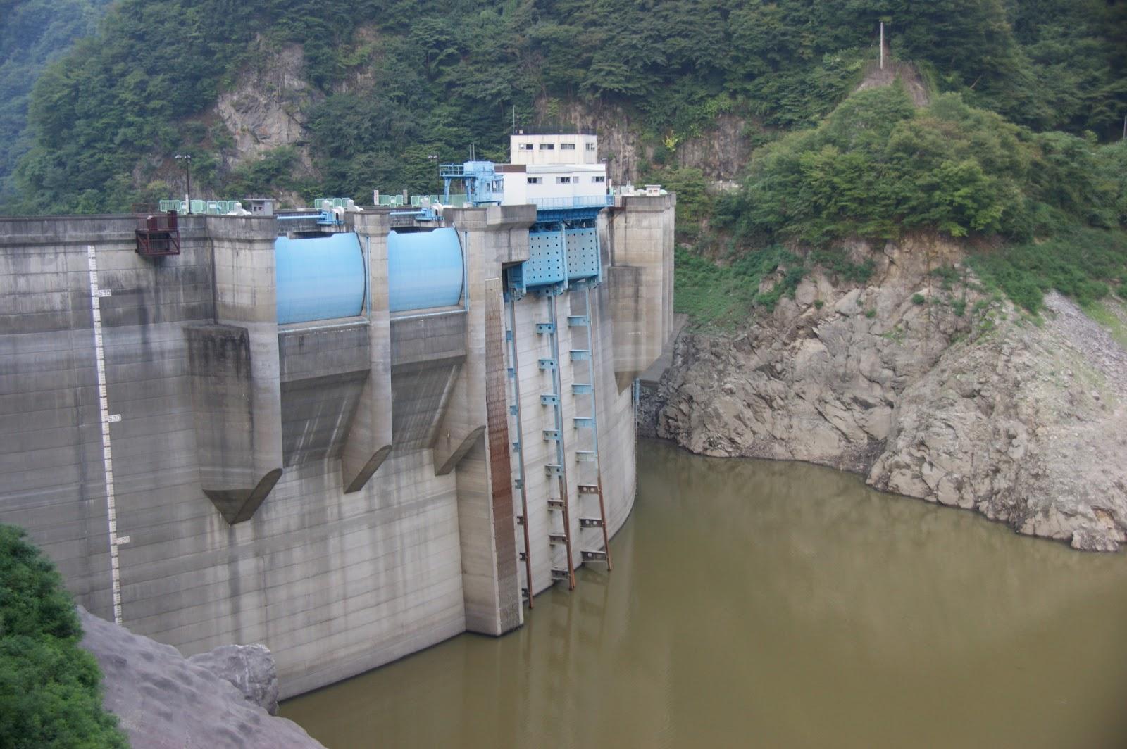 二瀬ダムと秩父湖大橋を見てきた...