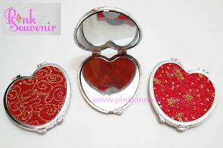 Souvenir Pernikahan Murah dan Unik Jatinegara Souvenir Cermin Gliter.