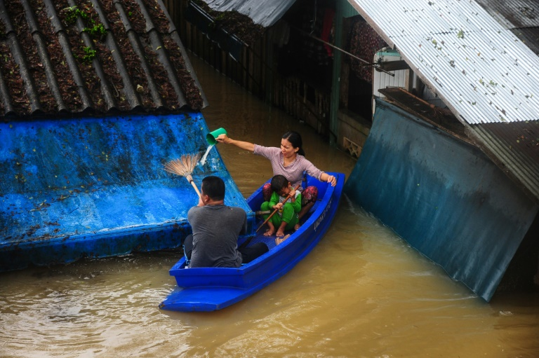 Nine provinces along Thailand's southern tail have been hit by unseasonal rains for nearly a week, with the resort islands of Samui and Phangan deluged, leaving thousands of tourists stranded or delayed.
