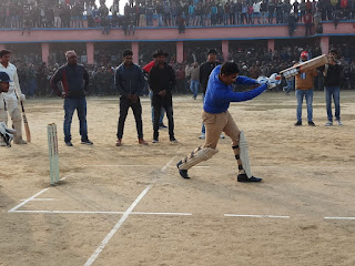 dm-madhubani-played-cricket-umganv