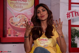 Shilpa Shetty super cute fit in Yellow T Shirt 1.JPG