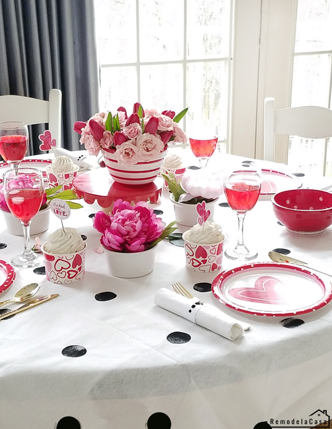 Red, pink, white and black polka dots V-day table