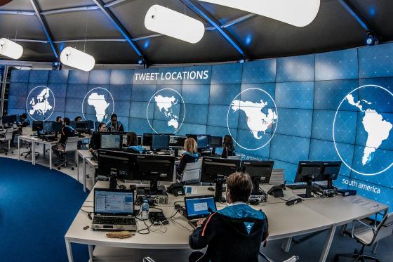 全球機場大混亂 電腦登機系統故障紛現人龍
