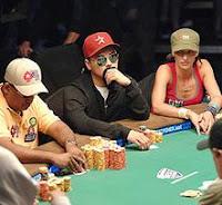 Estrategias poker según la posición que ocupes en la mesa