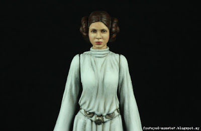 https://foureyed-monster.blogspot.my/2017/02/hasbro-princess-leia-repaint-completed.html