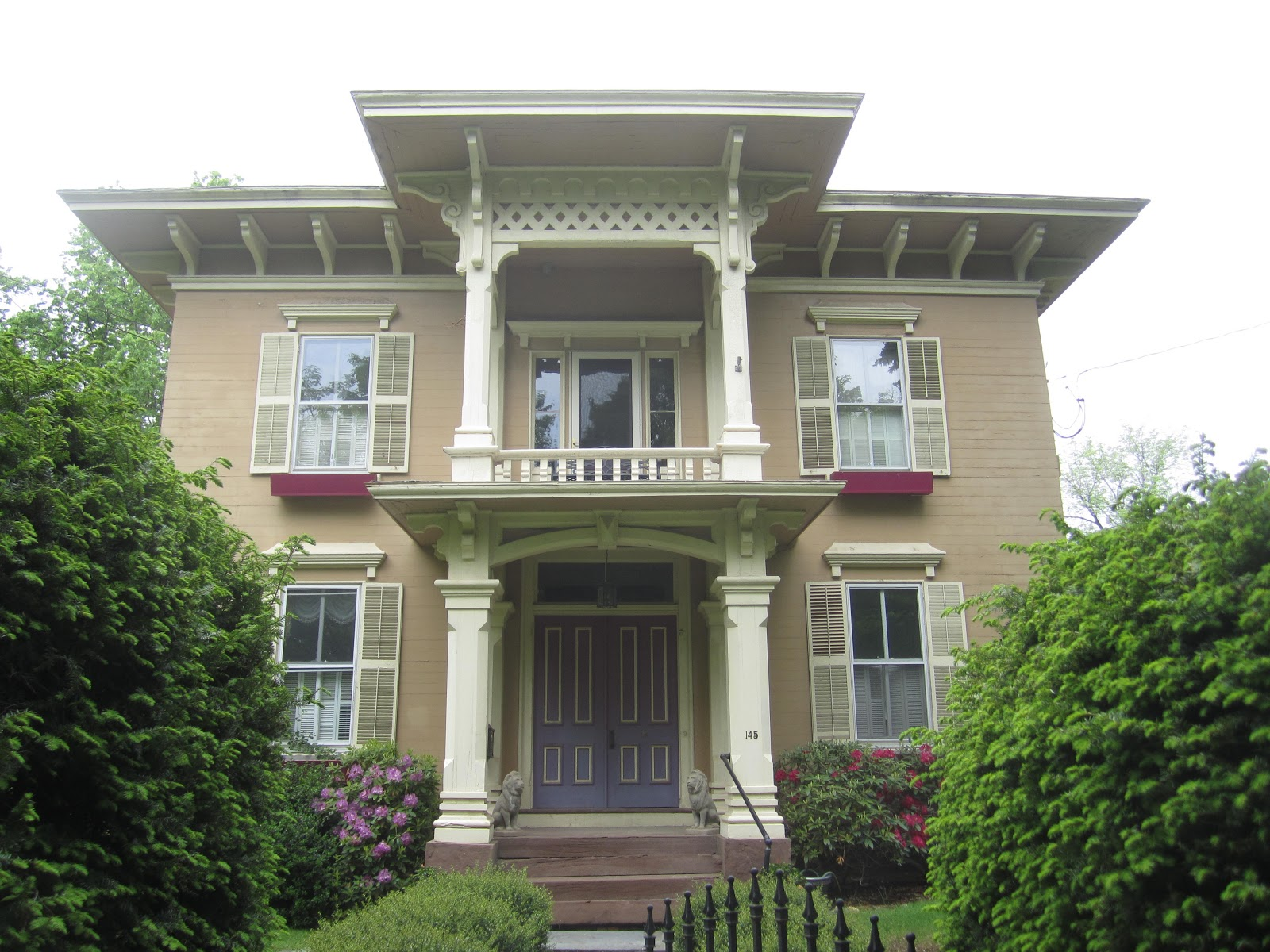 The Picturesque Style Italianate Architecture The Byron