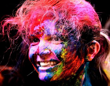 Travel to the Holi Festival in Mathura