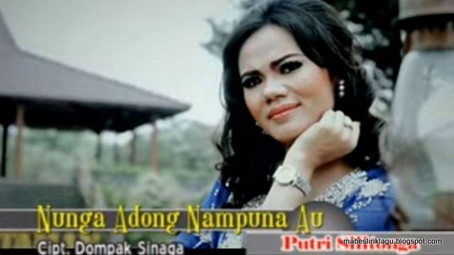 Lirik Nunga Adong Nampuna Au dan Artinya