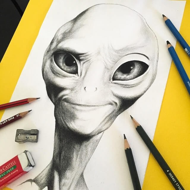 07-Paul-the-Alien-Stephen-Ward-Movie-and-Comics-Superheroes-and-Villains-Drawings-www-designstack-co