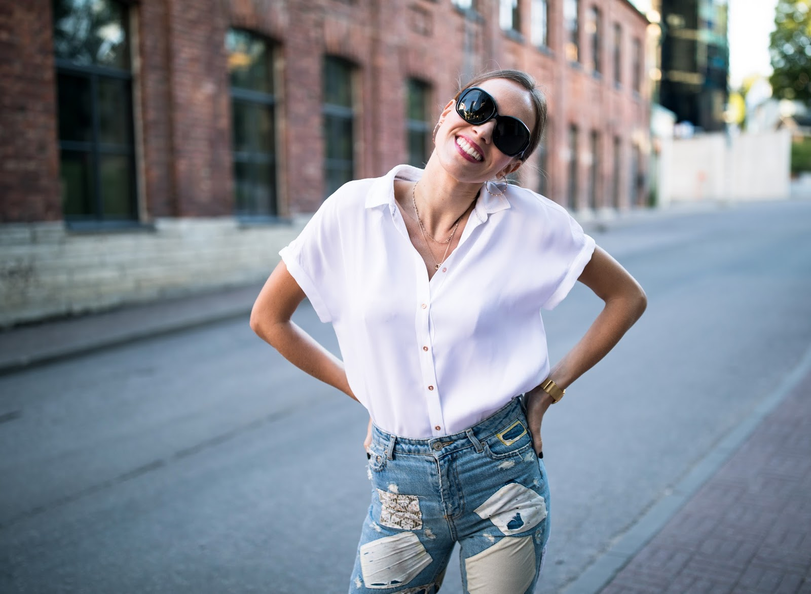 white oversized silk shirt summer outfit