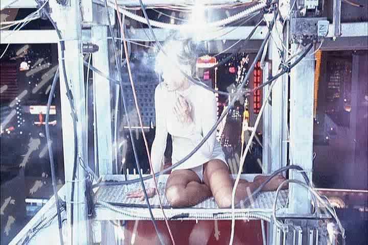 Kim Basinger Upskirt 37