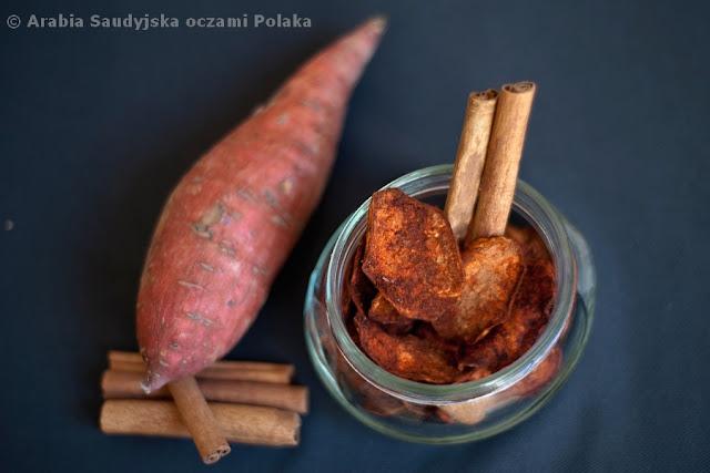 Cynbaty - chipsy z batatów z cynamonem