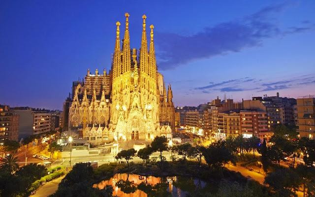 Voltagem e tomada utilizada em Barcelona