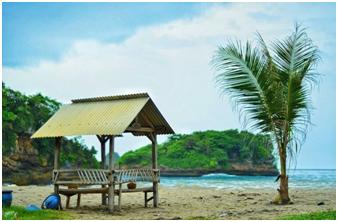 Inilah tempat camping terbaik di malang, spot sunrise pantai,ombaknya kecil tentu aman dibuat lokasi berenang, jawa timur memang menyajikan wisata laut yg indah