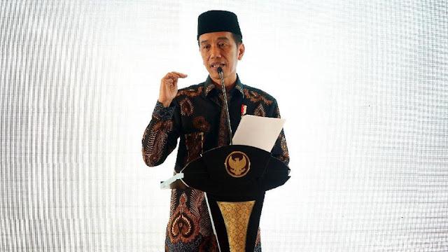 Jokowi Geleng-geleng Ada Majelis Taklim Tak Bersapaan karena Pilpres