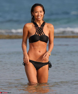 Myleene Klass in a Wet Tiny Bikini Camel Toe Sexy Ass Boobs WOW January 2017 Bikini Candids