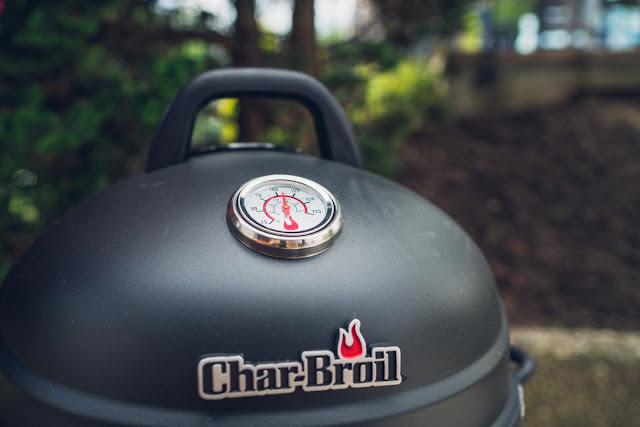 Char-Broil Bullet Smoker 09