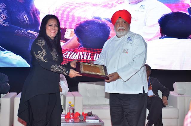 Ms. Sonia Chawla Felicitating Chef Manjit Singh Gill