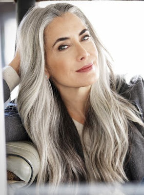 gray hairstyle for aging women
