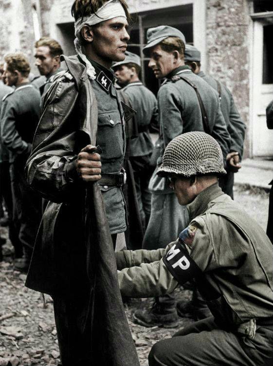 Stabswache de Euros: Widespread Looting of Nazi Memorabilia