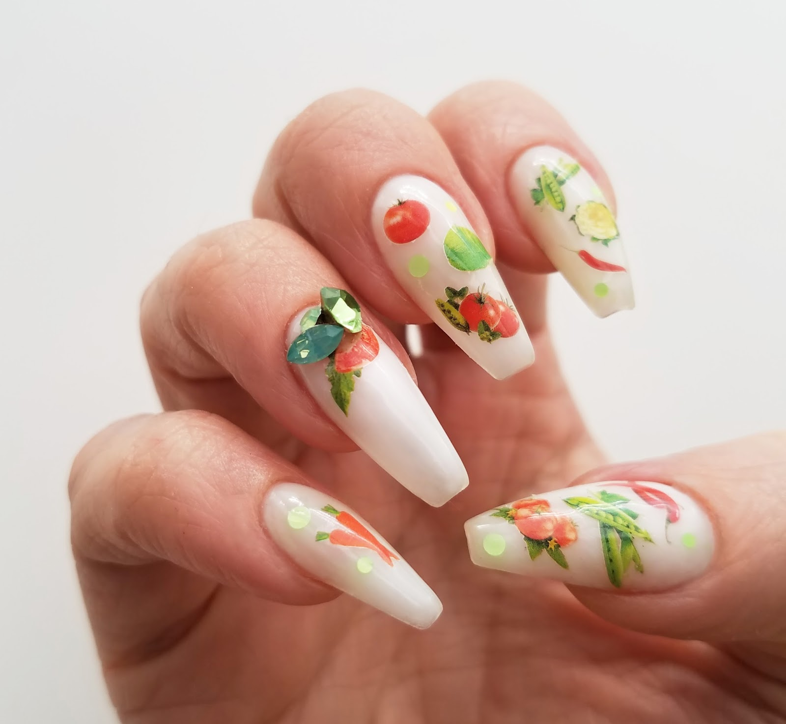 mno: Thanksgiving Vegetables Nail Design BOP / 082