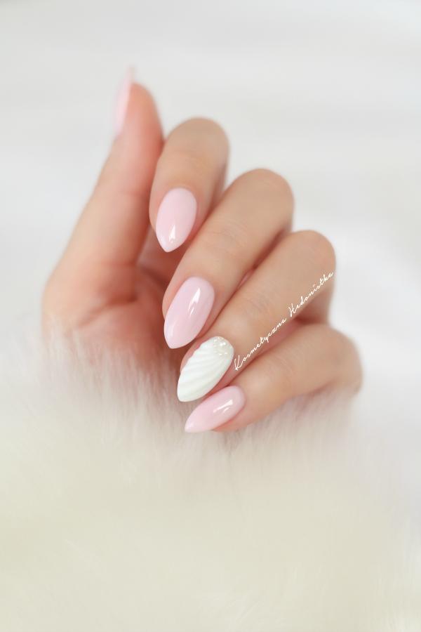 semilac_pink_marshmallow_shell_manicure
