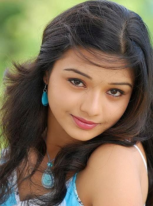 Tamil Homely College Girl Kamapaarvai  - Kerala -1027