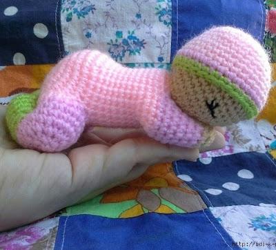Вязаная кукла-сплюшка крючком