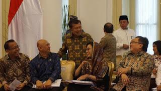 Pak Jokowi bersama Jusuf Kalla Pimpin Sidang Kabinet Paripurna Jelang Lebaran