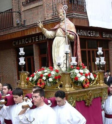 Foto de San Blas en pleno recorrido