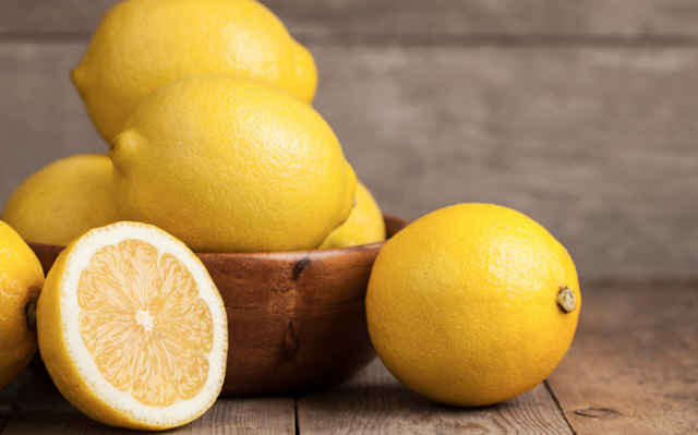 Cara Gunakan Lemon Atasi Rambut Berminyak