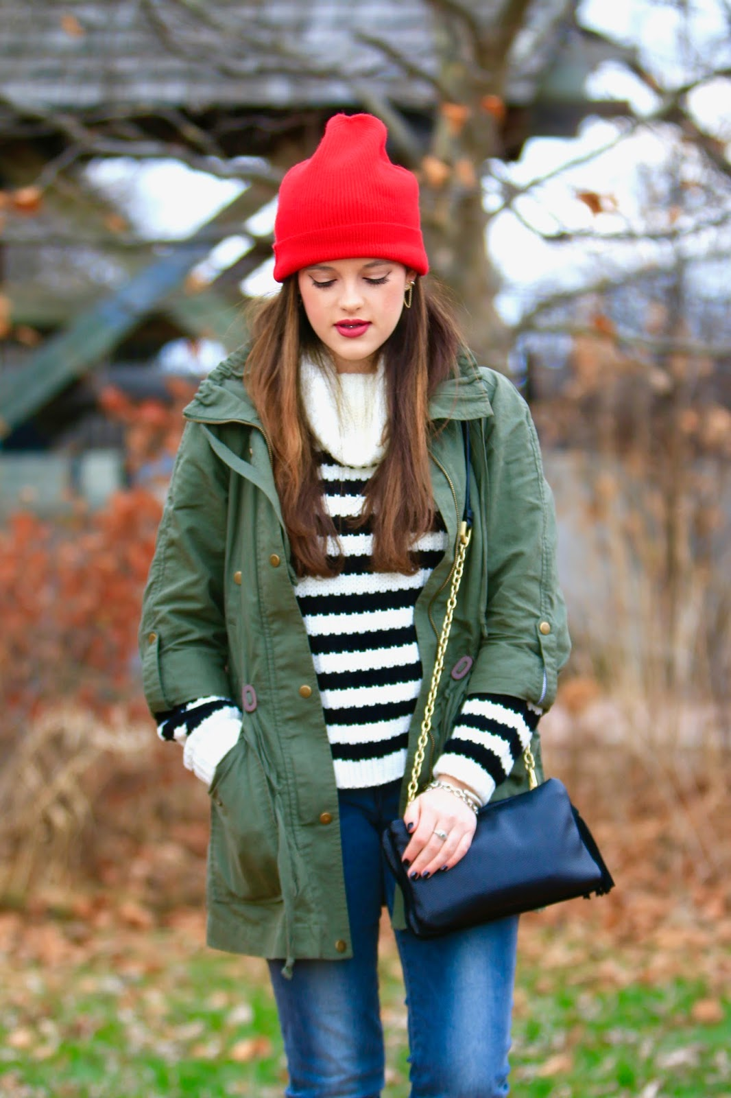 striped sweater fashion blogger