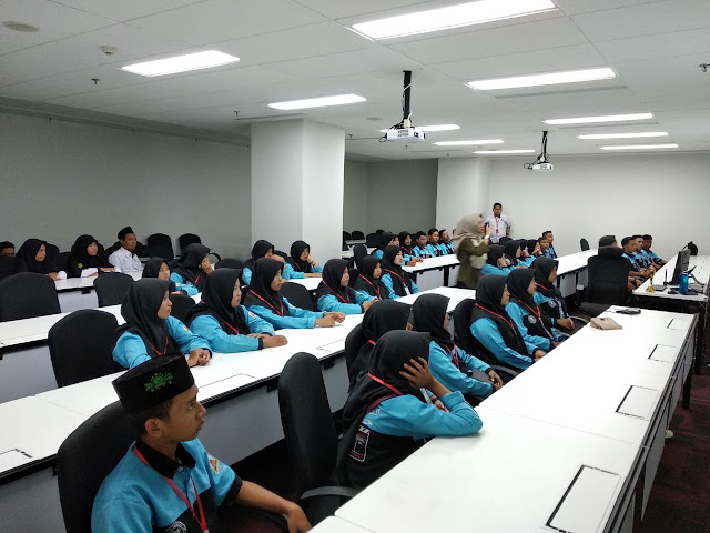 Mantap !! Kunjungan Industri Multimedia SMK Yasmida Ambarawa Ke MNC