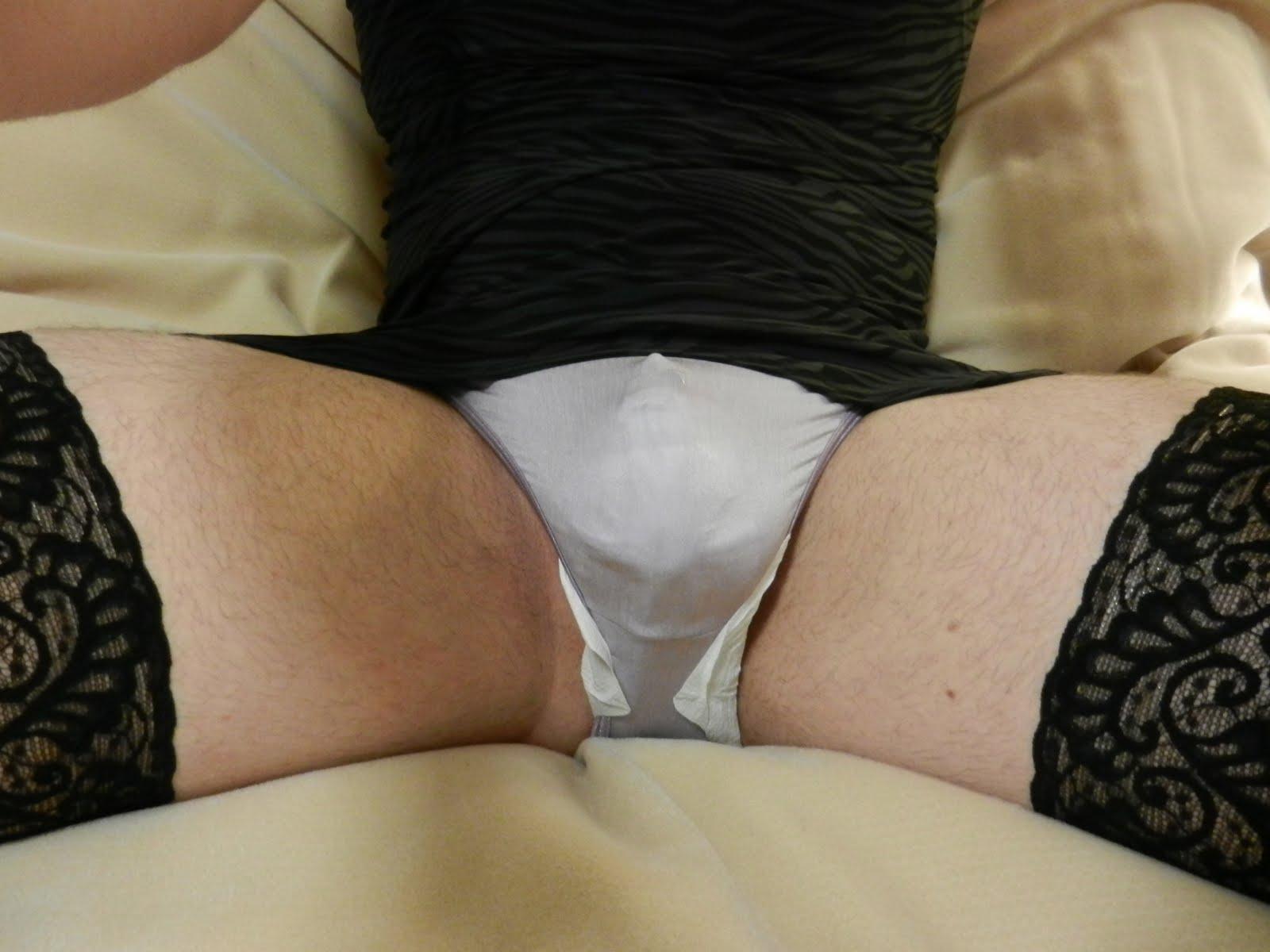 Gaysex squirting nurse brunette